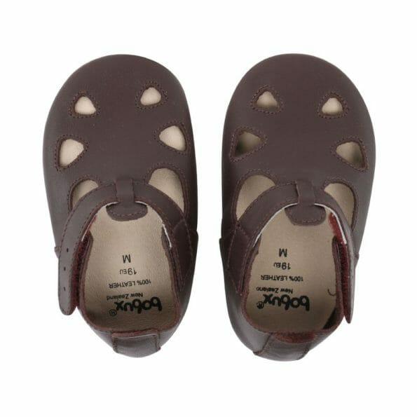 Šokolādes brūnās sandalītes