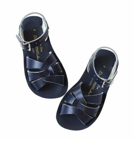Zilās peldētāju sandales lielākām pēdām