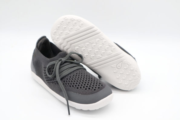 bobux-KP-play-knit-trainer-smoke-scaled