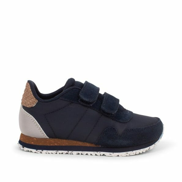 Nor_Suede-Sneakers-WK065-010_Navy_1400x1400