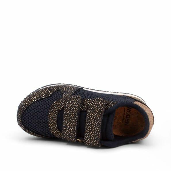 Sandra_Pearl_Mesh-Sneakers-WK8222-010_Navy-2_1400x1400